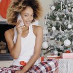 F) Quase todo mundo passa o Natal aqui em casa, então só faço algumas ligações