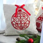 E) Amo coletar objetos que agregam valor emocional à decoração natalina e usá-los de maneiras distintas a cada ano