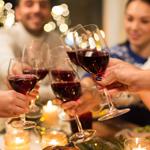E) Tomar vinho na ceia é uma tradição da ceia na minha casa